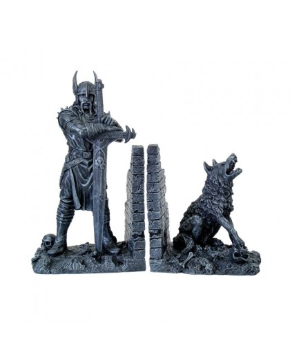 Gothic Vicking and wolf